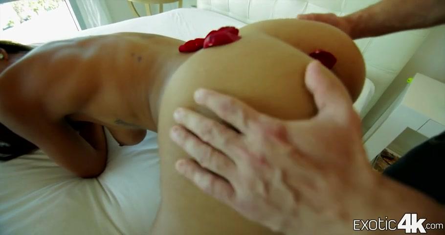 Women Licking Women Pussy