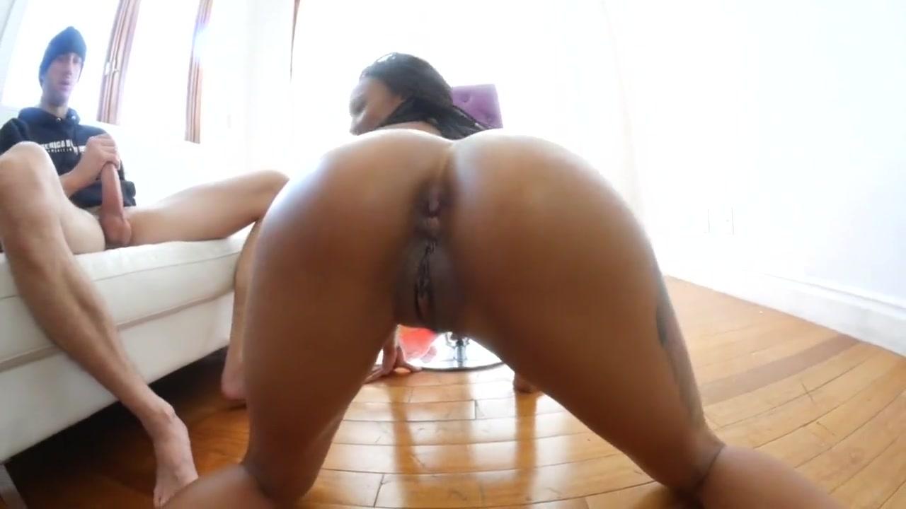 Skinny Ebony Anal Squirt