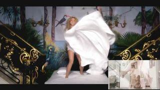 Nackt shakira Shakira naked