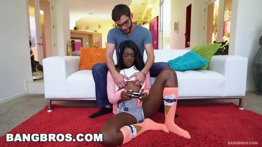 Ebony Tranny Riding Dick